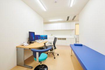 いそべハートクリニック診察室1